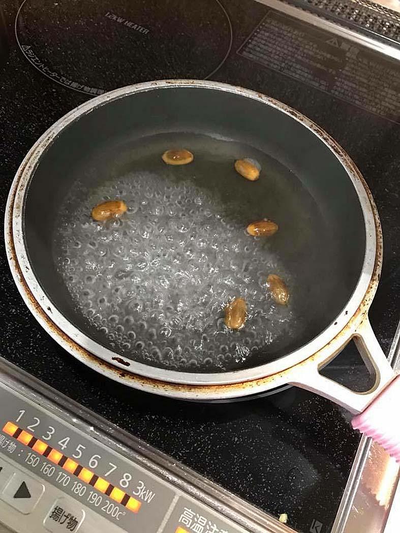 どんぐり虫の処理方法!家の中で虫発生の恐怖!?冷凍・レンジ・ゆでる対策