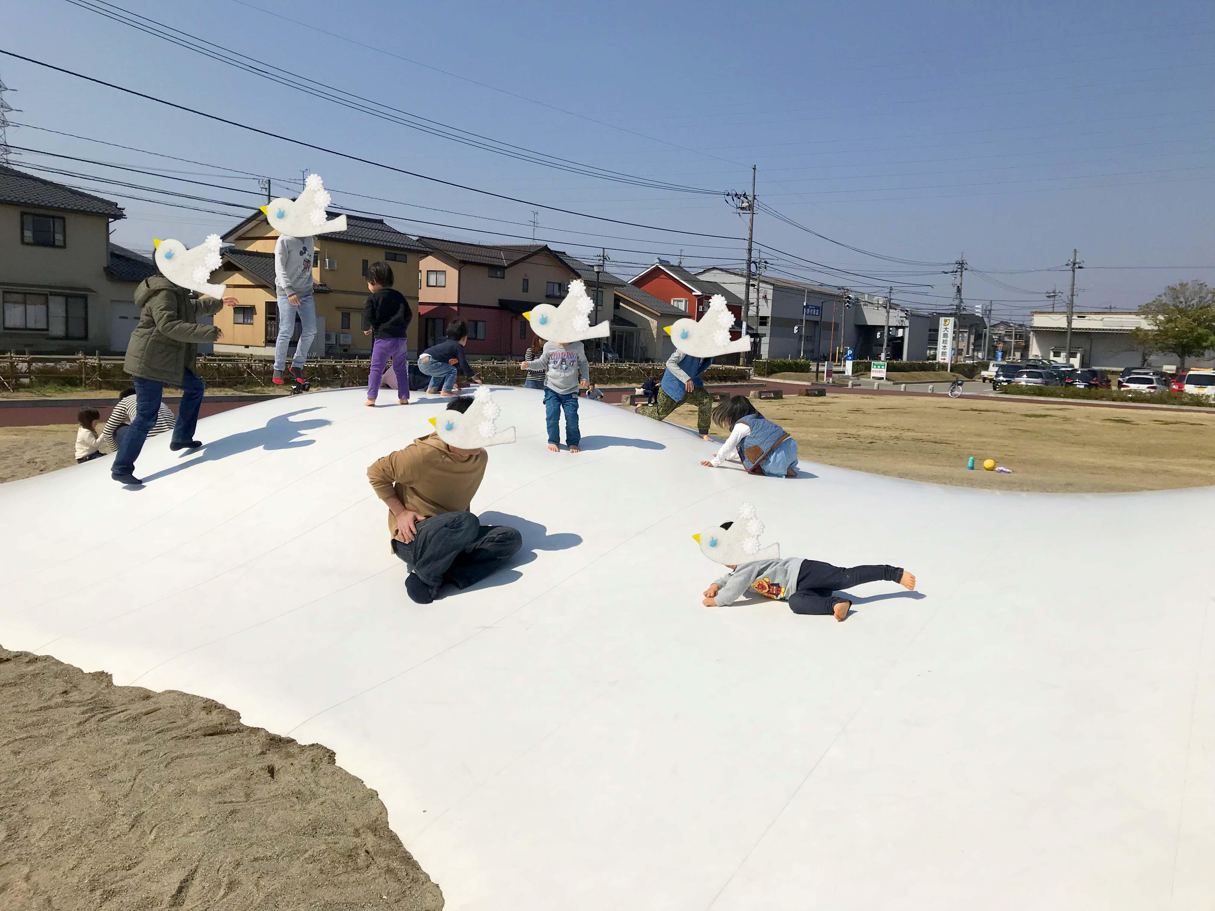 富山子供連れ遊び場【大島中央公園】ふわふわドームとアスレチックが人気の楽しい公園!