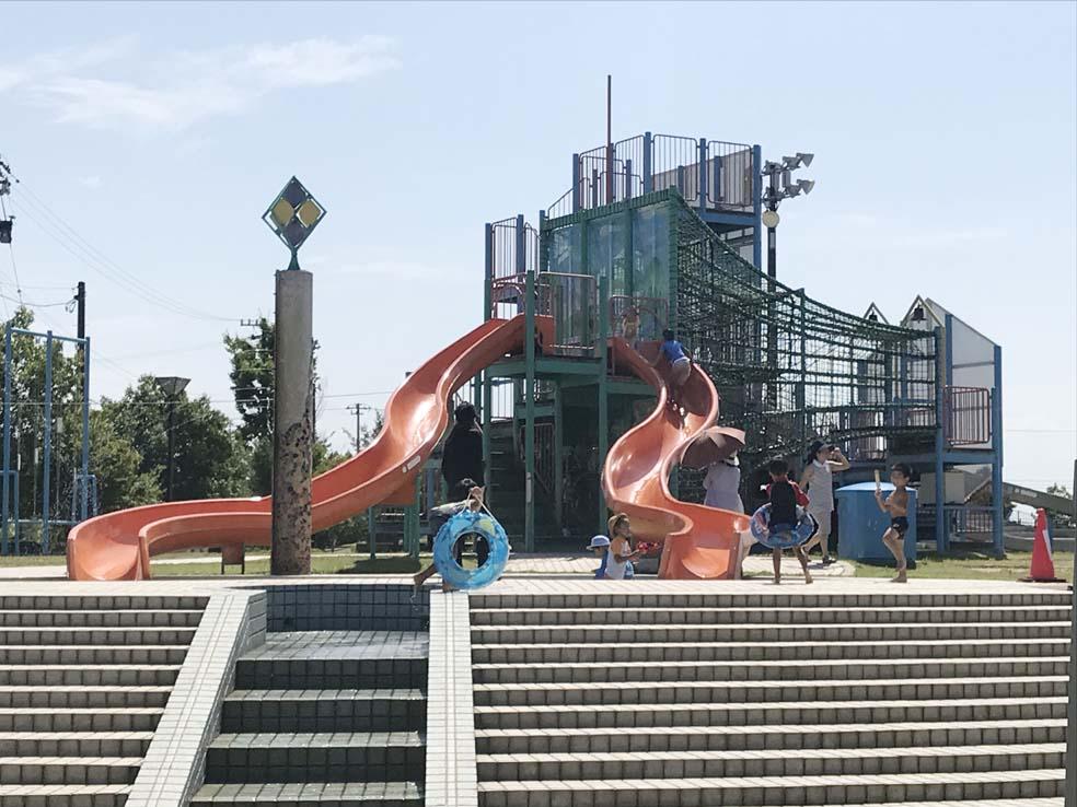富山子供連れの遊び場【グリーンパーク大門】凧公園で水遊び体験談